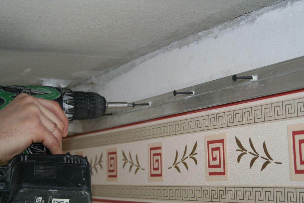 Багет стеновой для натяжных потолков цена